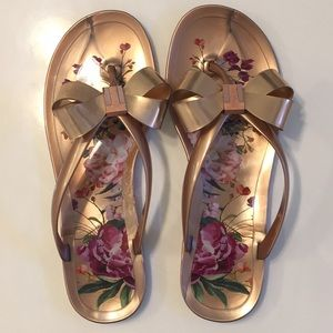 LIKE NEW! Women's Ted Baker Jelly Sandals Size 10!